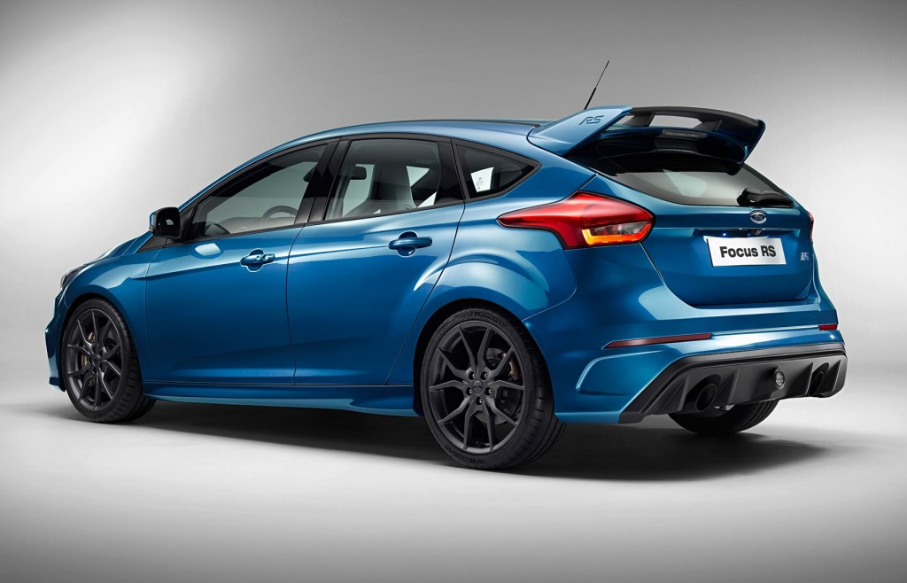 2016 ford focus rs horsepower increased again