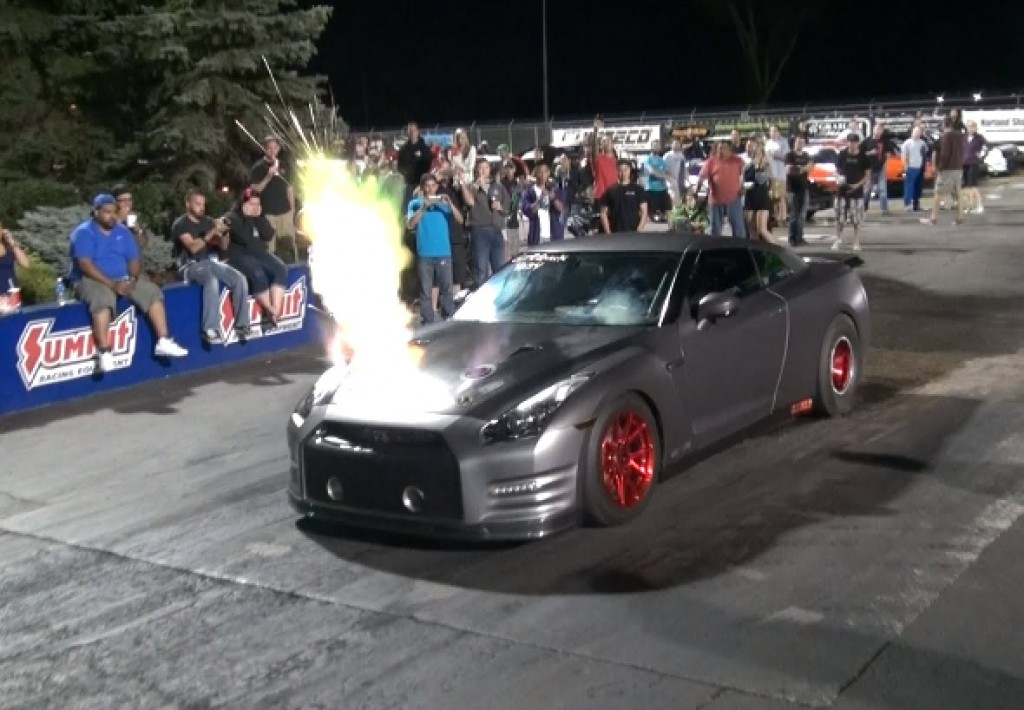 How Much Horsepower Does A Gtr Have >> This 2100 Hp Nissan Gt R Is Crazy Fast